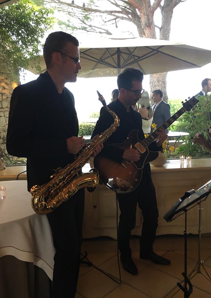 Duo Jazz pour un cocktail en extérieur